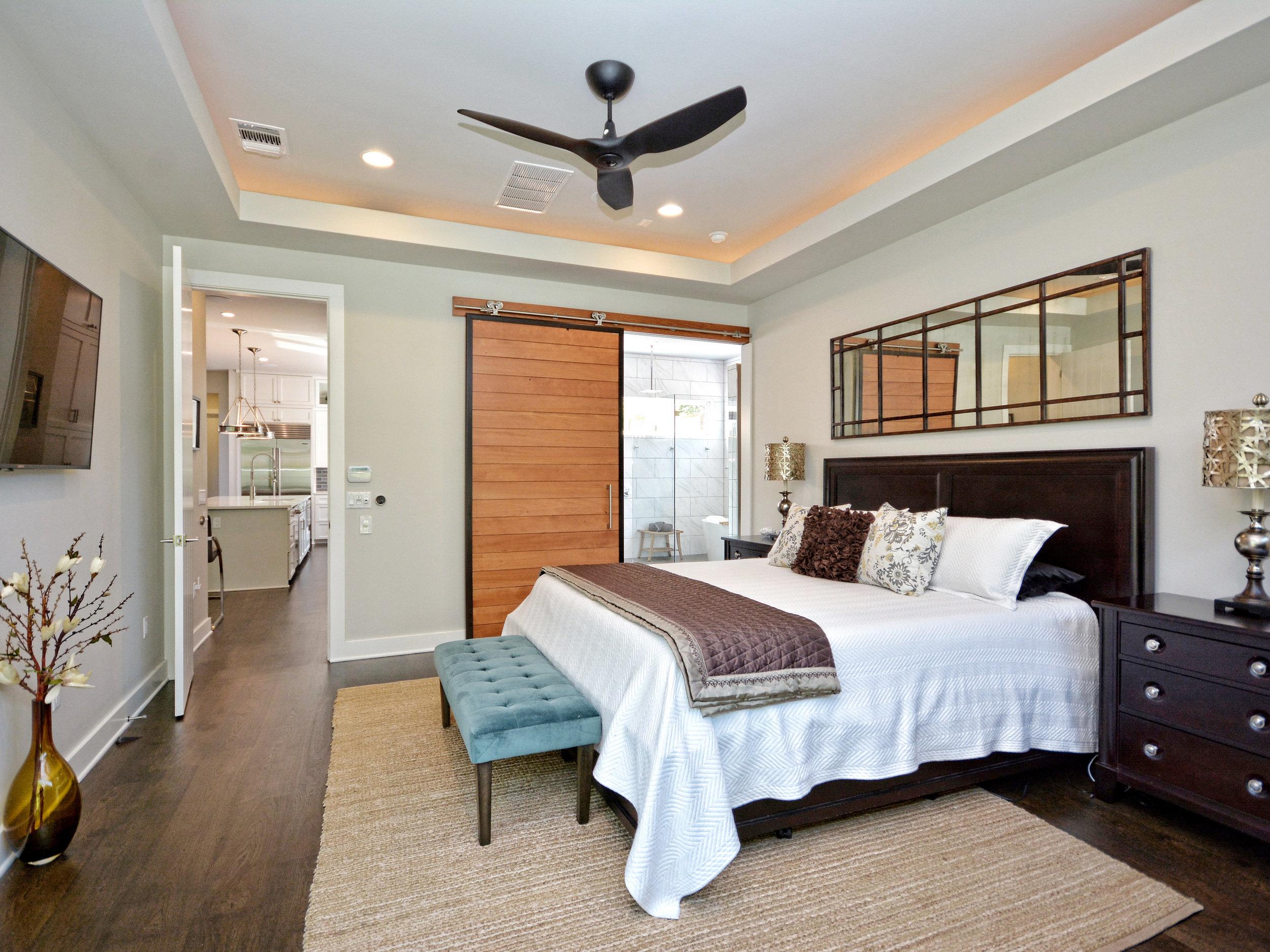 018_Master Bedroom .jpg