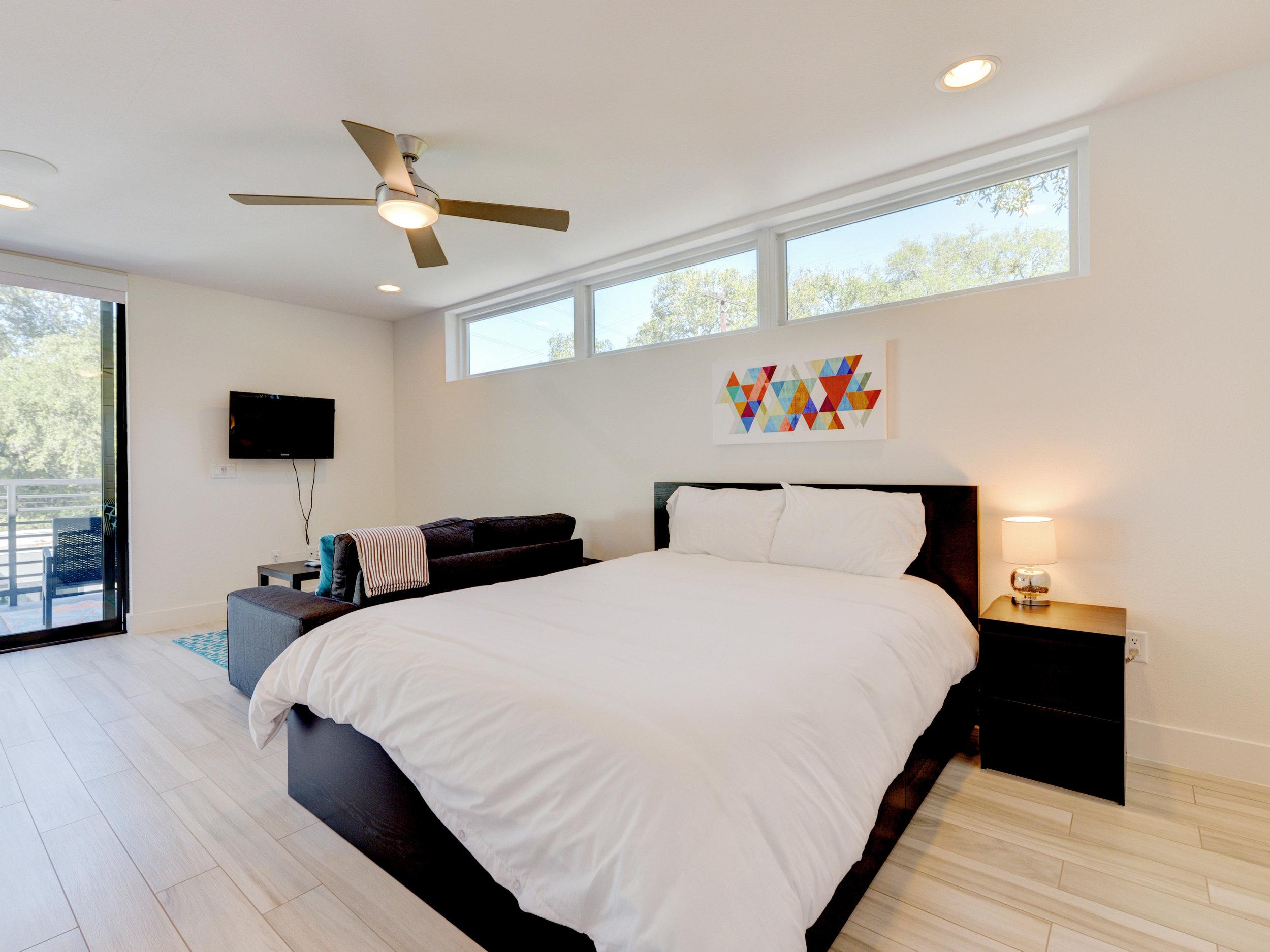 031_Guest Bedroom.jpg