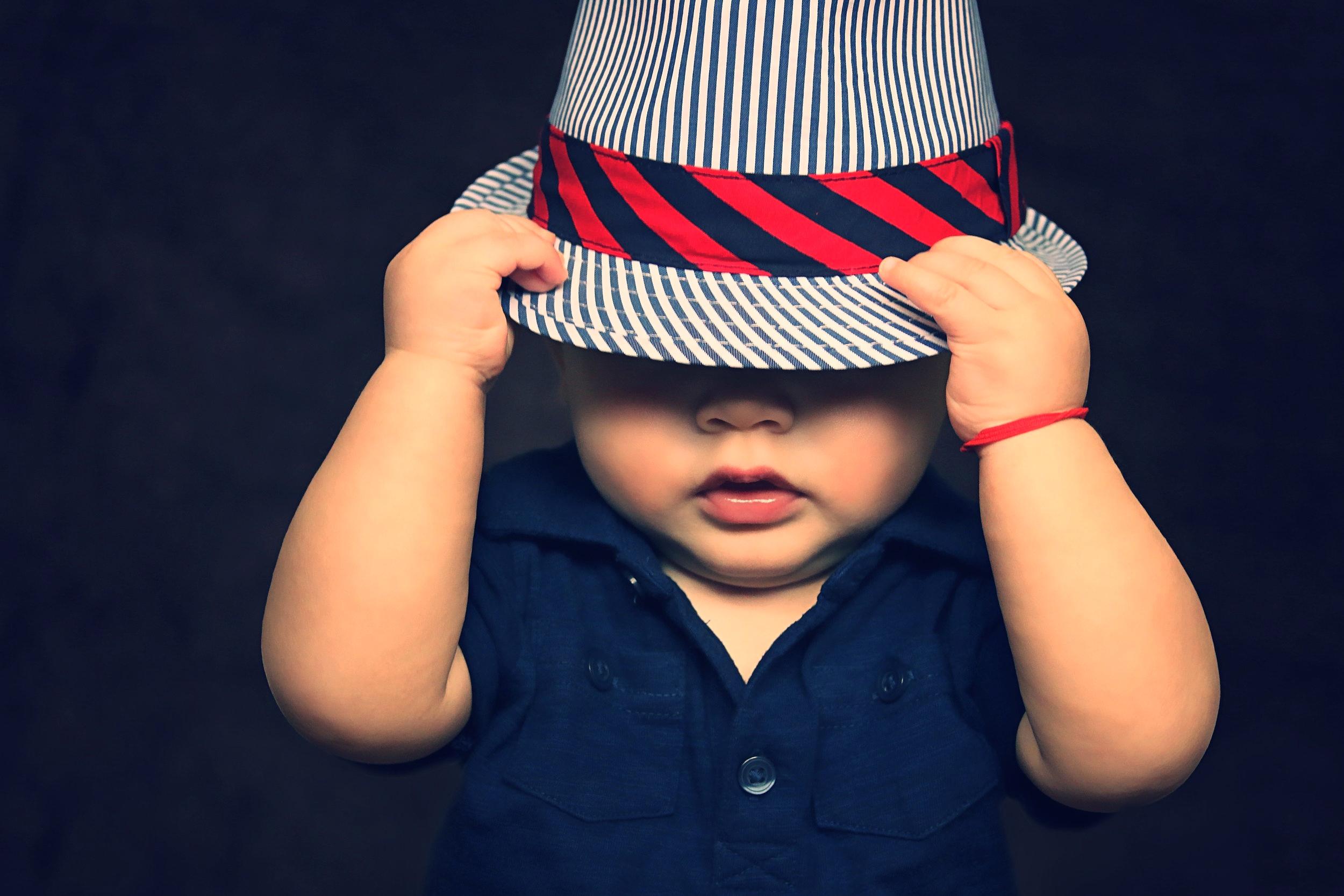 baby-boy-hat-covered-101537.jpg