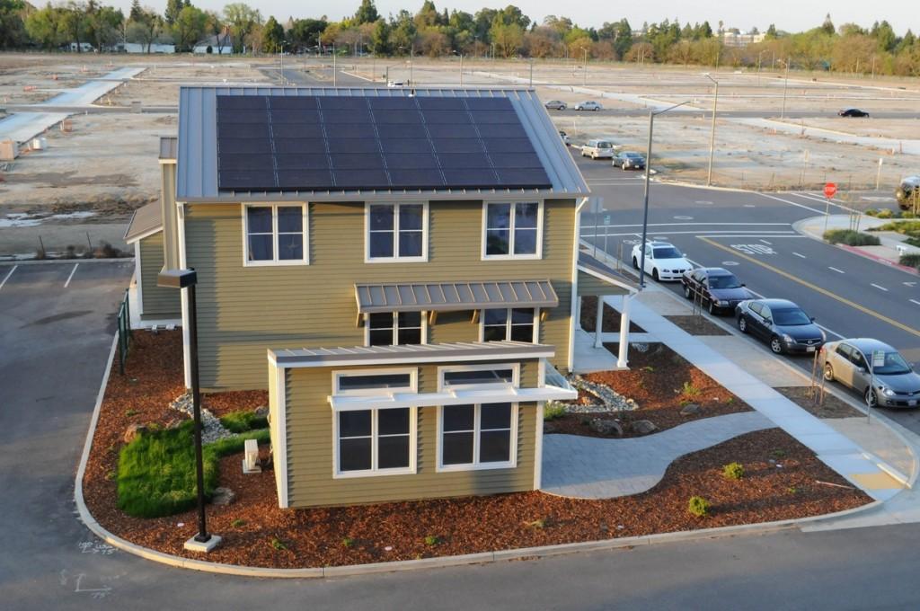 New-Solar-Home-Construction