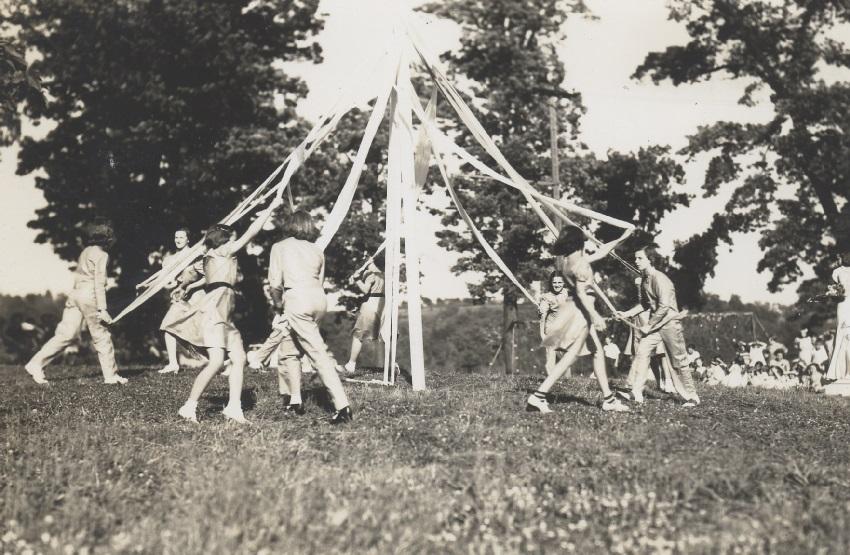 A 1920s Maypole at Guggenheimer-Milliken.