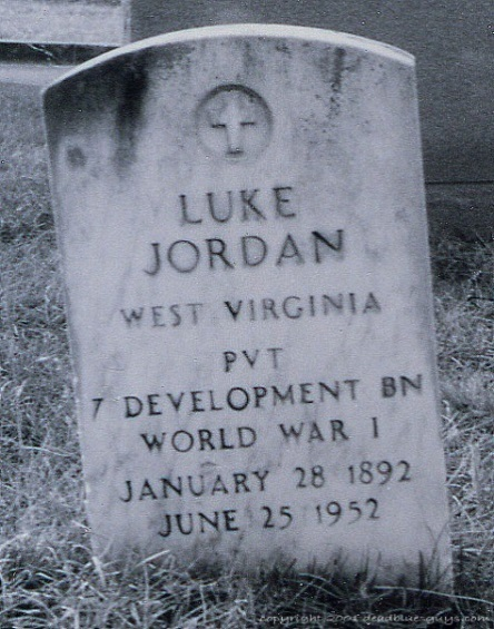 Photo of Jordan's grave by Kevin Cleary.