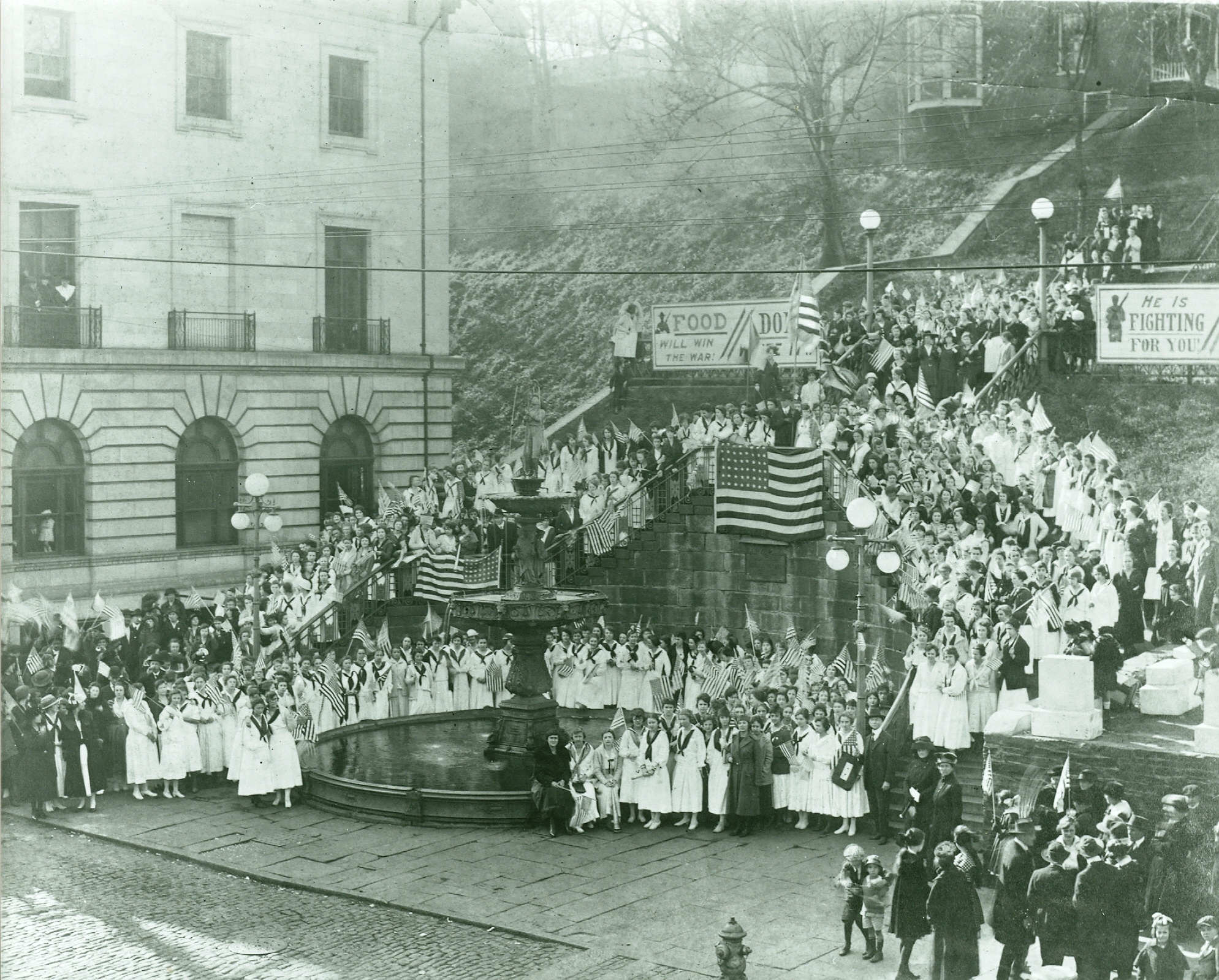 World War I Rally at Monument Terrace, 1914-1918