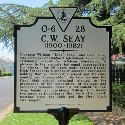 Historic marker outside Seay's Pierce Street home