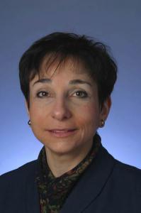 Dr.-Eva-Grunfeld-199x300.png
