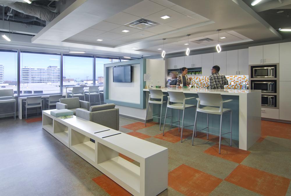 Accuity_Staff_Lounge_design_by_Dani_Fitzgerald_FitzgeraldAPD.jpg