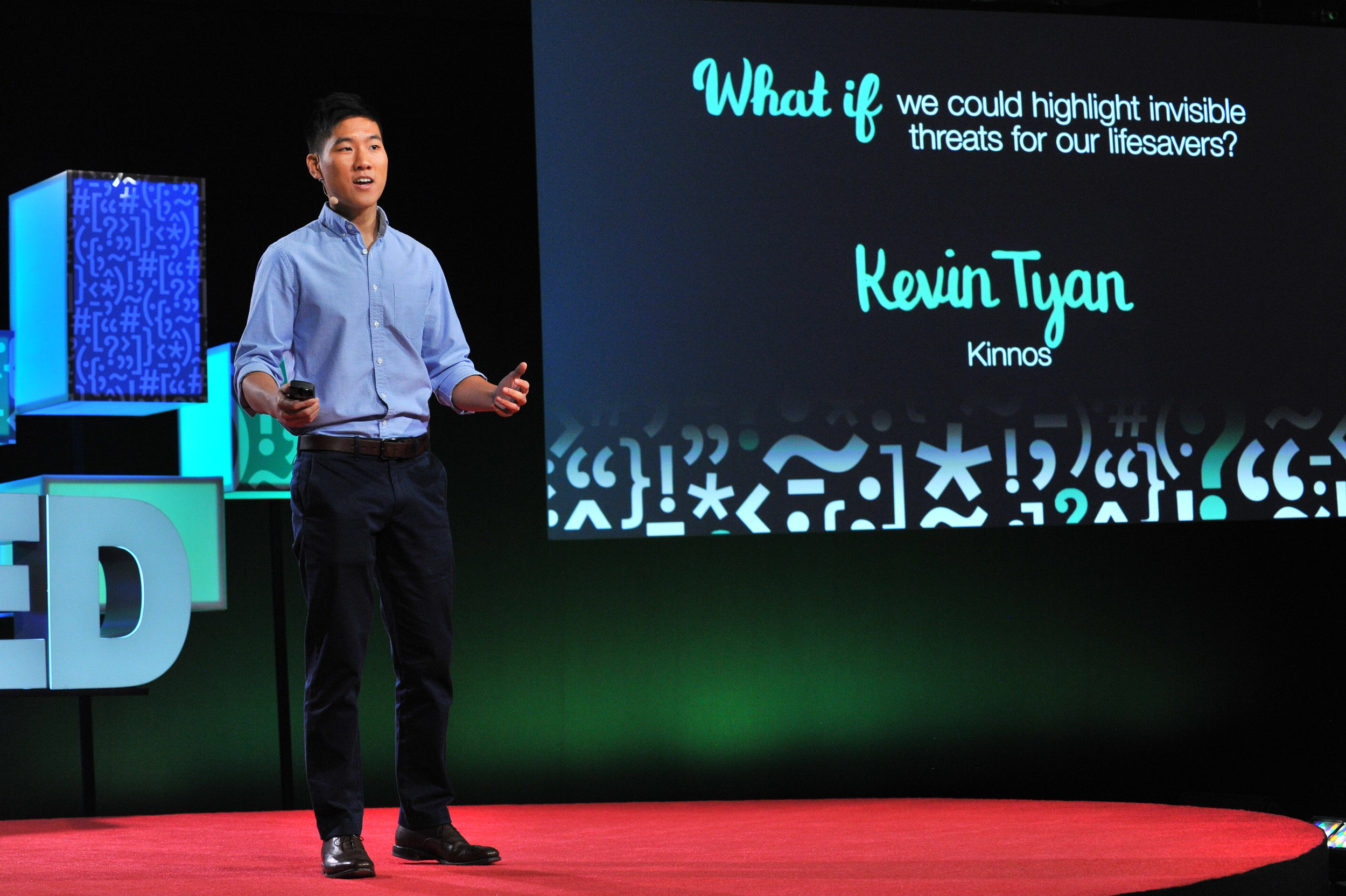Kevin generates some buzz around Kinnos at TEDMED in Palm Springs, CA. (December 2016).