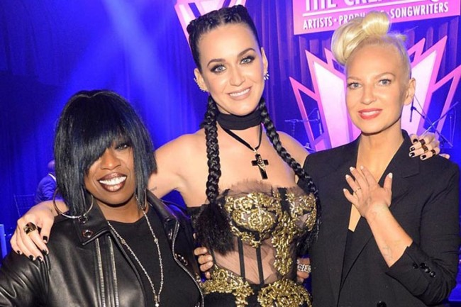 Missy Elliot Katy Perry and Sia pose for pix inside the party.jpg