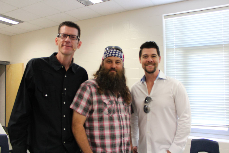 Jay Lowder with Willie Robertson and Jason Crabb.jpg