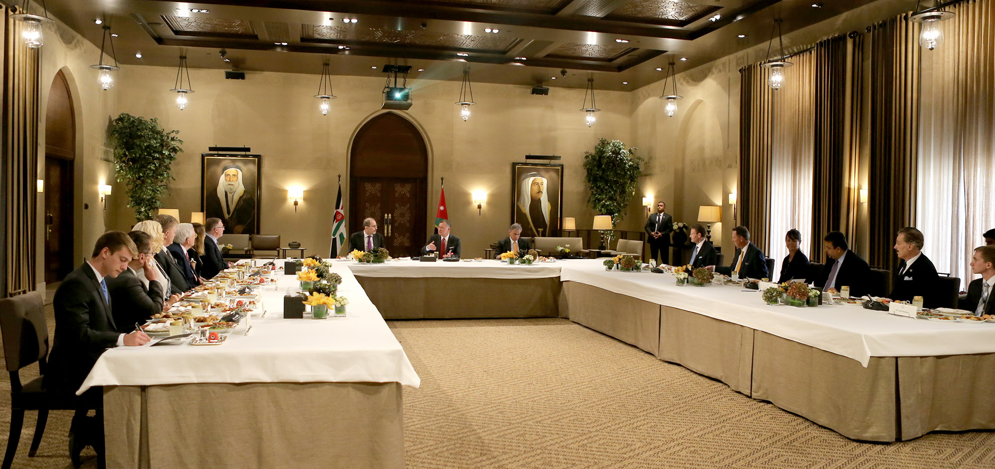 His Majesty King Abdullah II (center head table) welcomes a delegation of American Evangelical Christians at Al-Husseiniya Palace to discuss the strategic alliance between Jordan and the United States and Jordan's leadership in promoting peace and caring for the poor and the suffering.