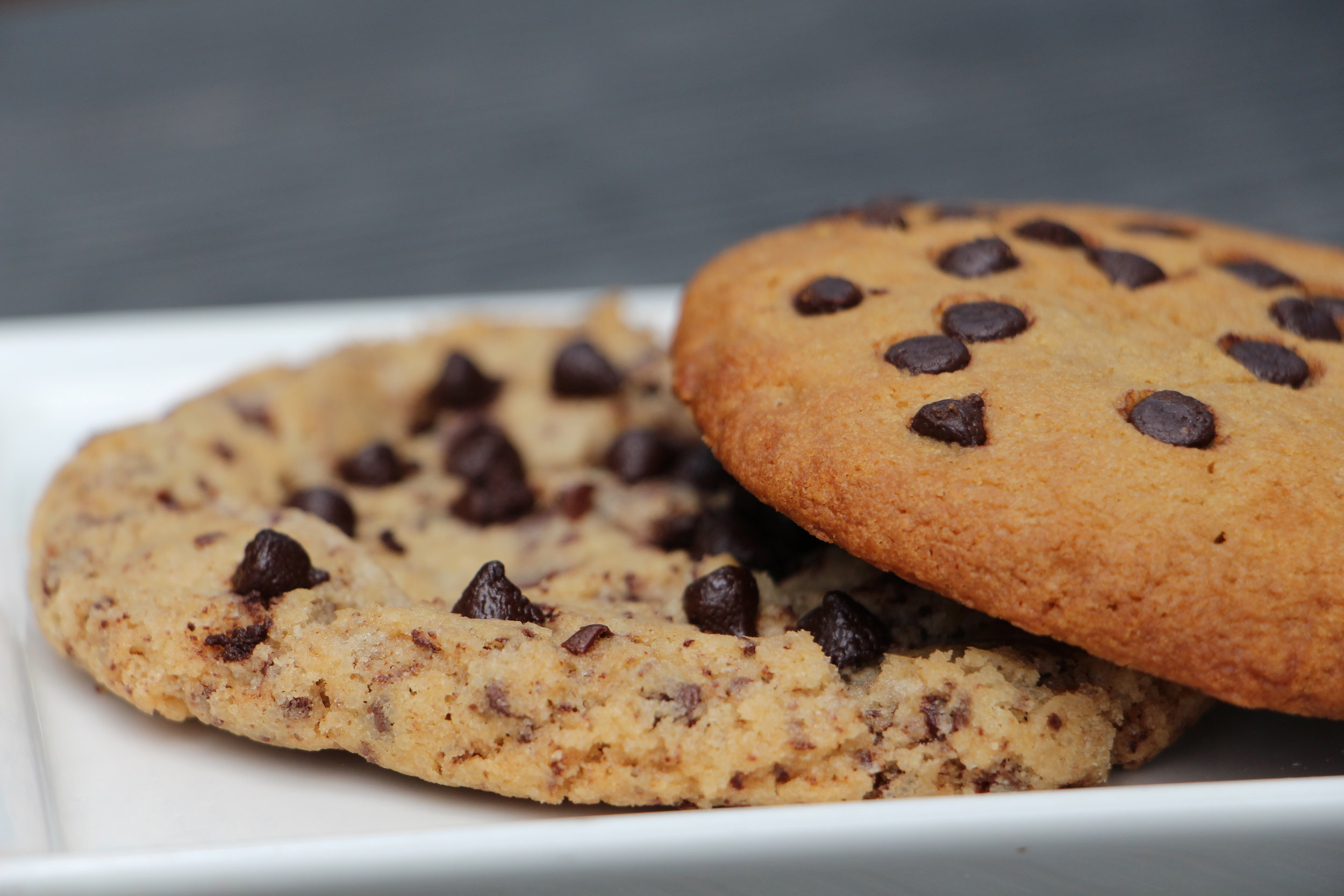 Sometimes, you just need something small to satisfy those pesky dessert cravings, and our Chocolate Chip Cookie, crunchy at the edges and soft and fudgy in the centre speckled with chocolate chips will hit the spot.