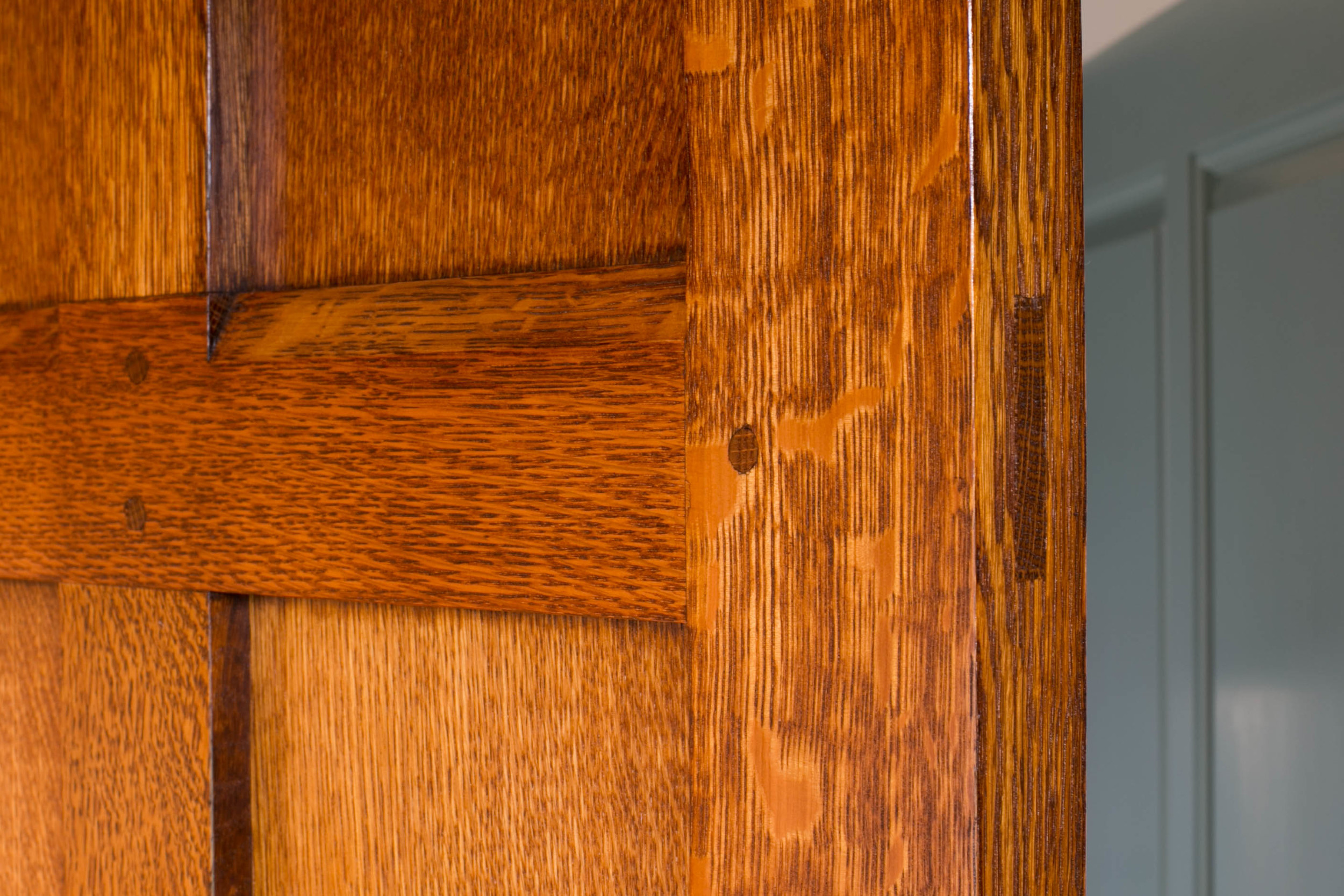 Traditionally constructed solid quarter-sawn oak door.Pegged mortise & tenon joinery is considered to be the finest and longest lasting door design available