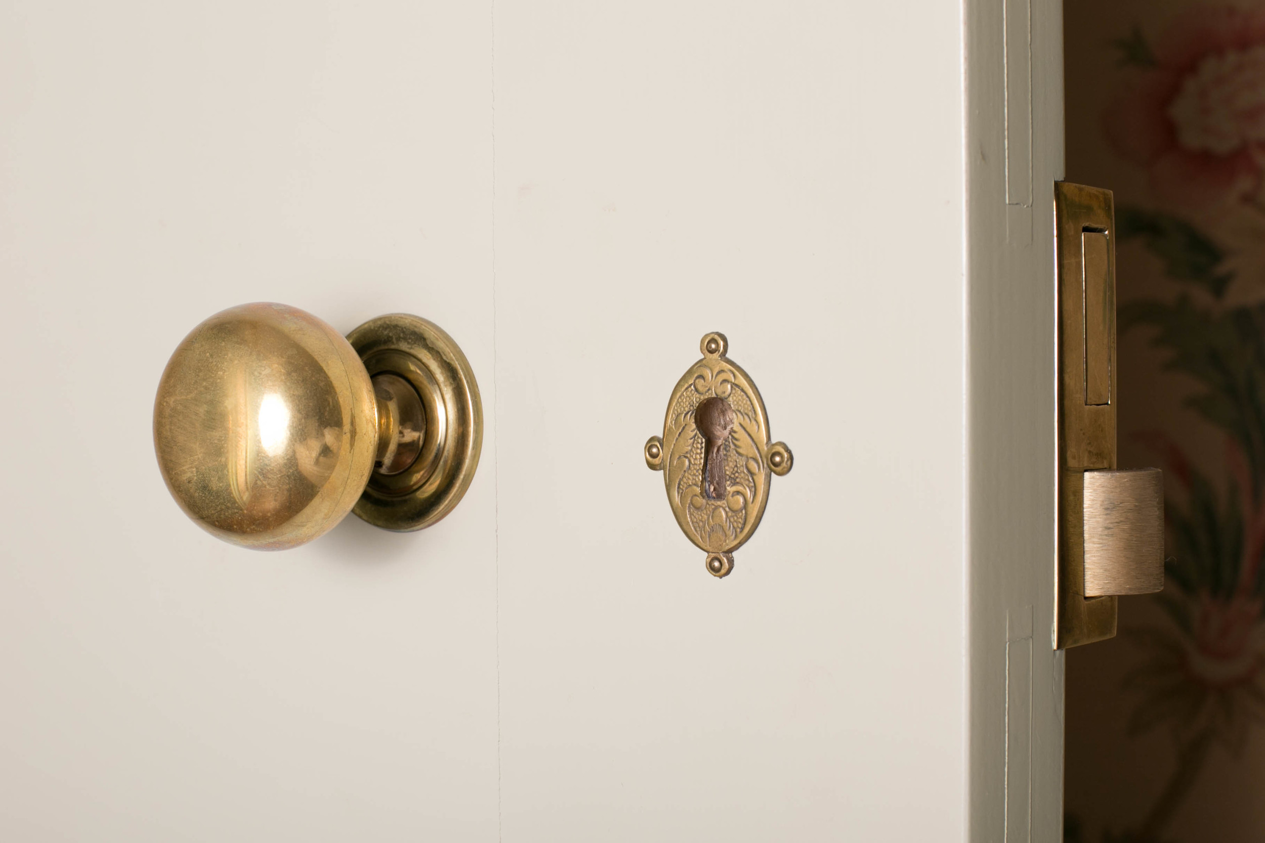 Doors have working keyholes