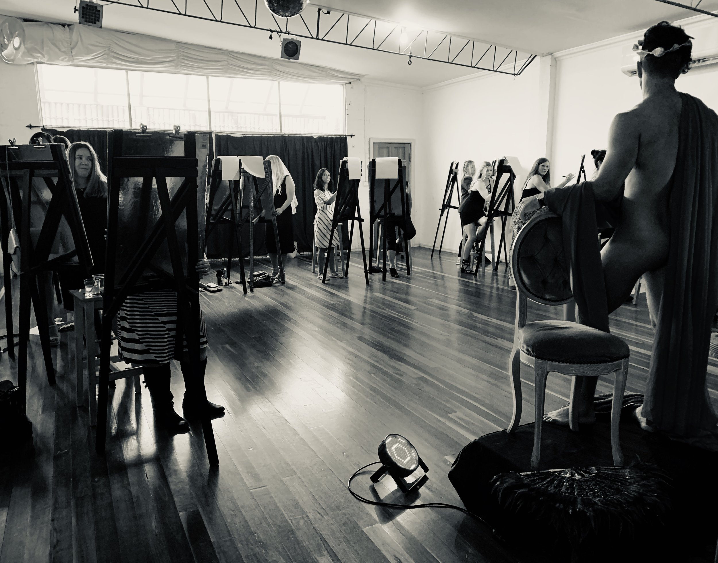 Life drawing class in session