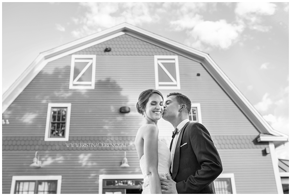 Maine_Wedding_Photographer-51.png