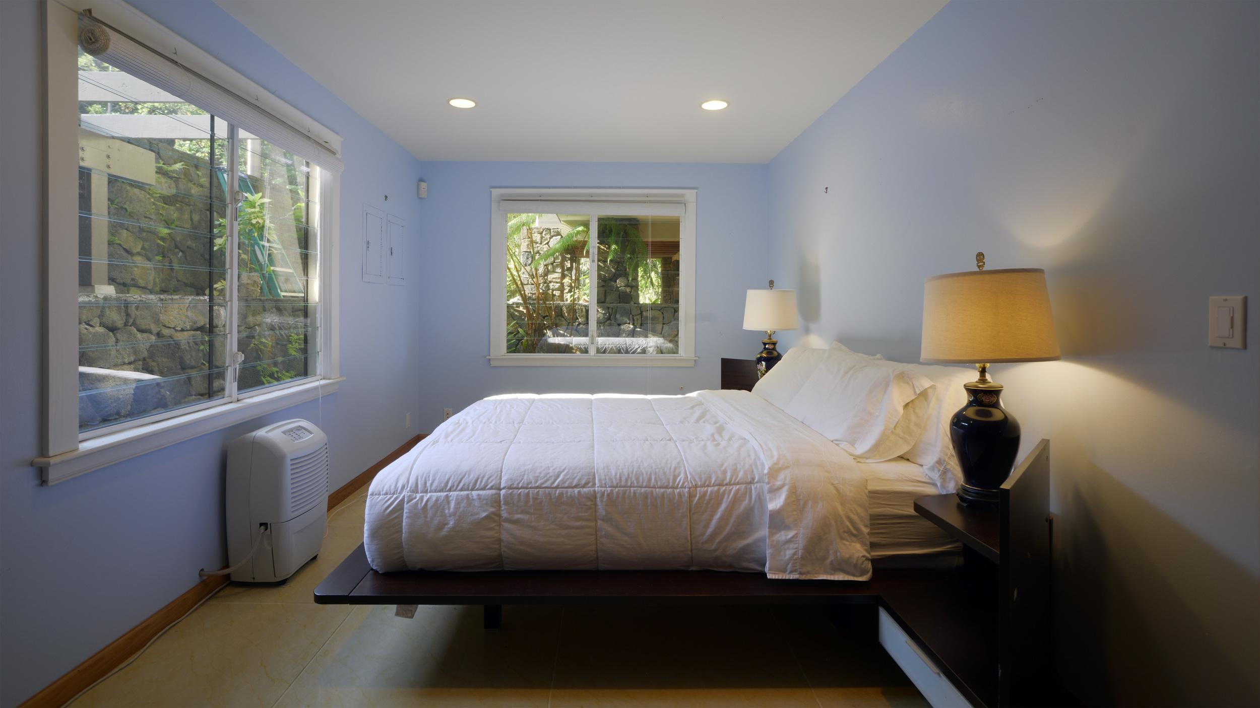 Lower Mauka Bedroom