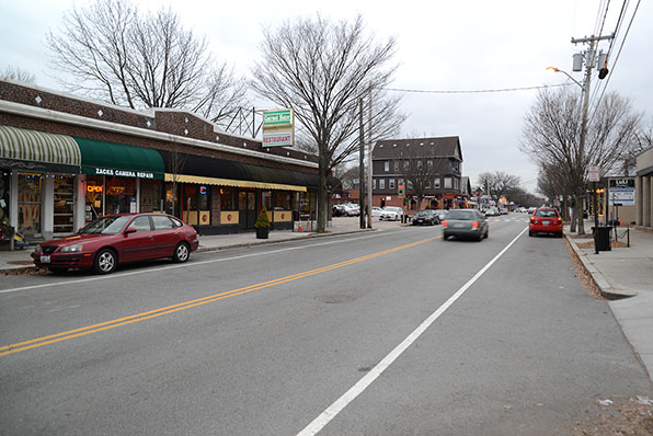 The new off-grid, solar streetlights would be positioned between Fifth Street and Rochambeau Avenue. (Joanna Detz/ecoRI News)
