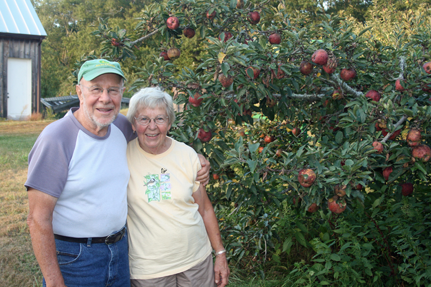 Dick and Dot Wingate at their Studio Farm in Voluntown, Conn. (David Smith/ecoRI News photos)