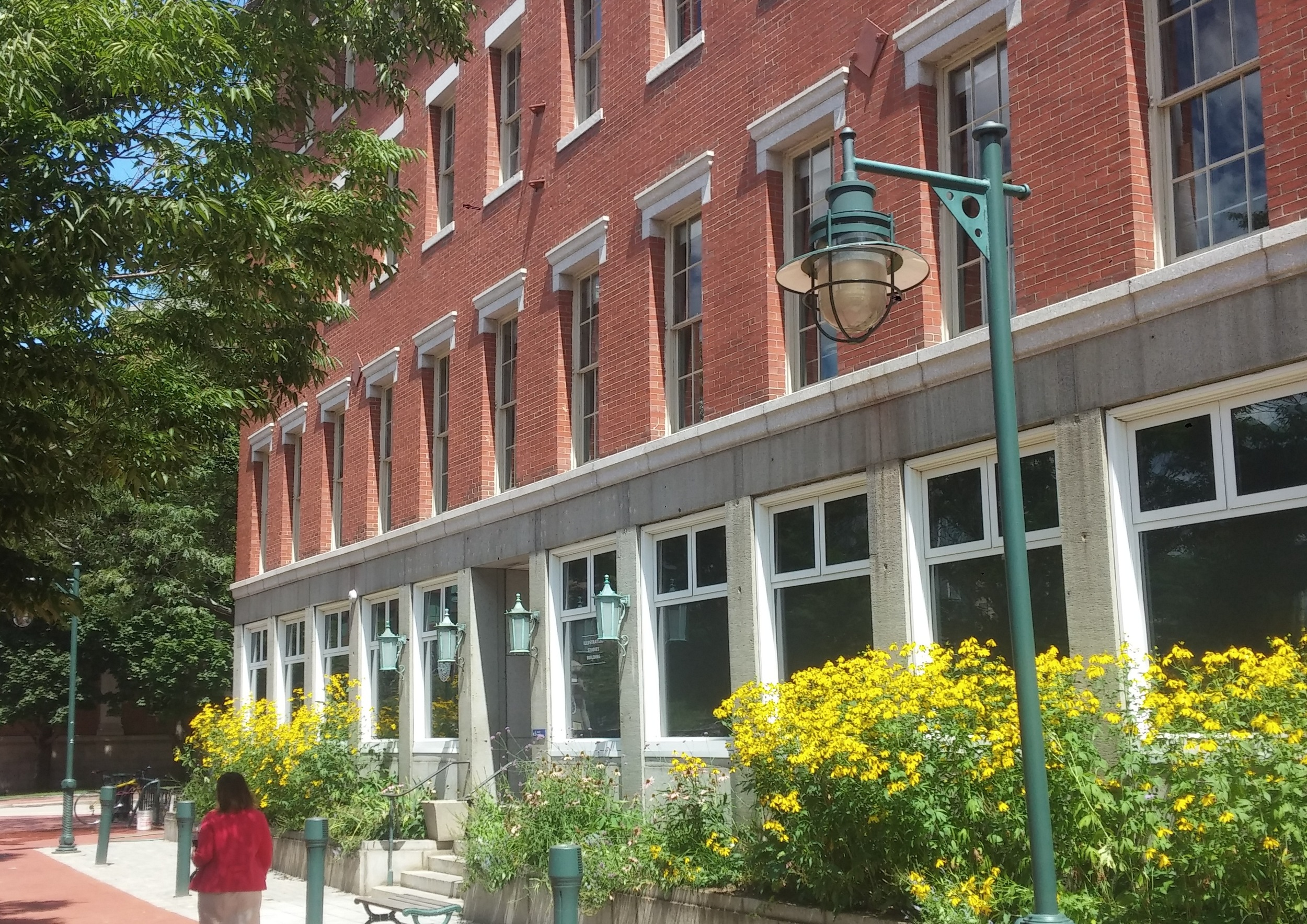 The historic, many-windowed ISB building at RISD. (Kevin Proft/ecoRI News)
