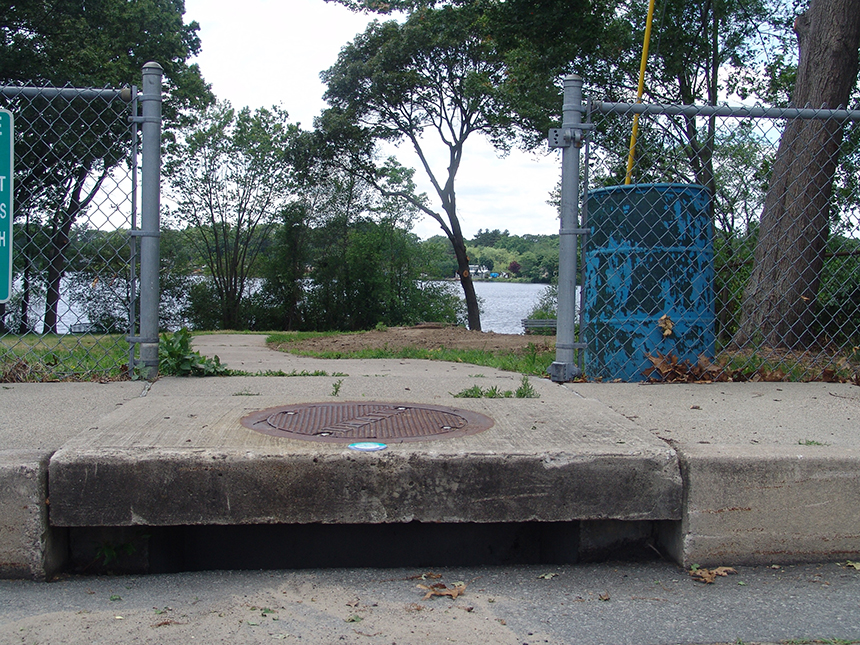 Eleven storm drains discharge polluted runoff directly into Warwick Pond. (Frank Carini/ecoRI News photos)