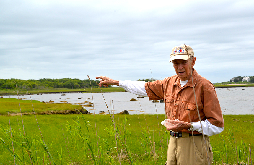 Horace Field took it upon himself to get Brandt Island Cove cleaned up. (Joanna Detz/ecoRI News photos)
