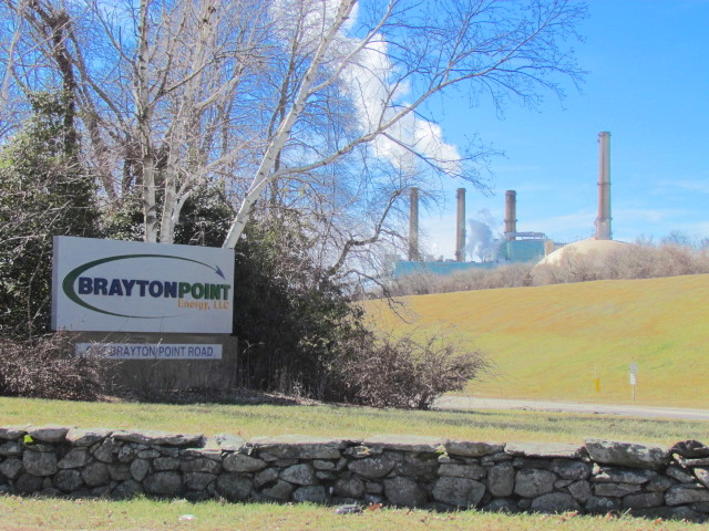 Could the same thing happen at the Brayton Point Power Station? (Tim Faulkner/ecoRI News)