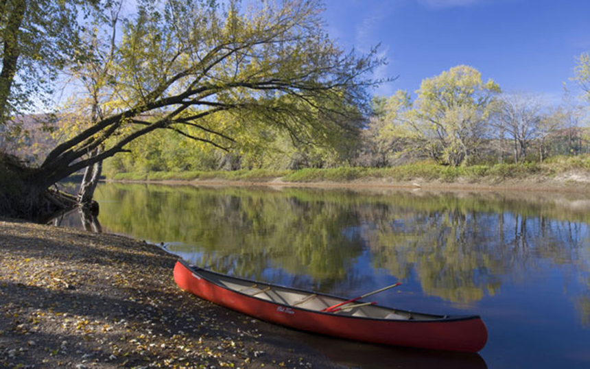 The Connecticut River is the longest river in New England. It flows 406 miles through four states and discharges into Long Island Sound. (TNC)