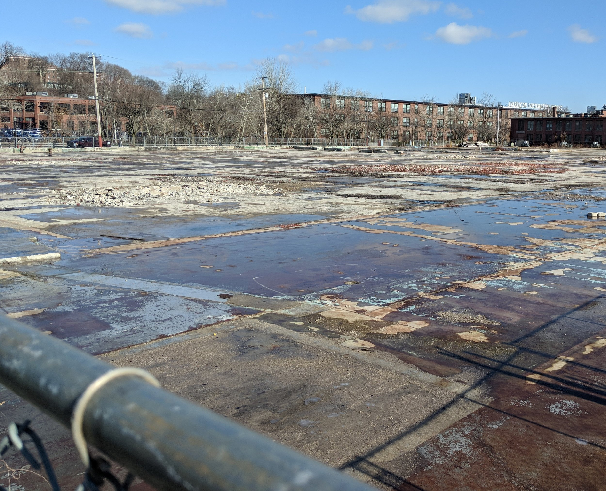 The 3.3-acre lot on Kinsley Avenue in Providence was the site of a 2015 mill fire. It will be the home of the Rhode Island Food Hub. (Tim Faulkner/ecoRI News)