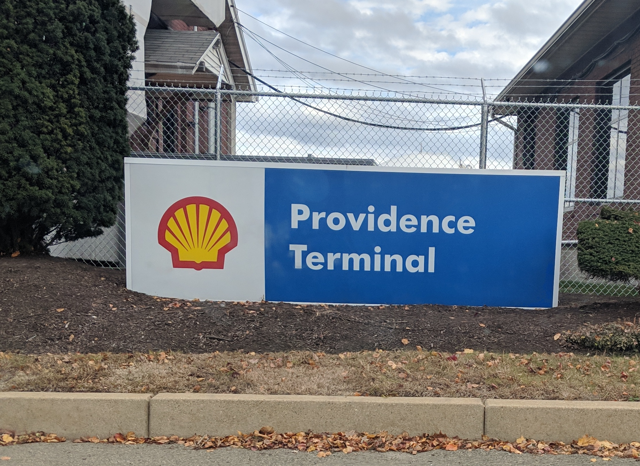 Royal Dutch Shell is the largest oil company in the world. (Tim Faulkner/ecoRI News)