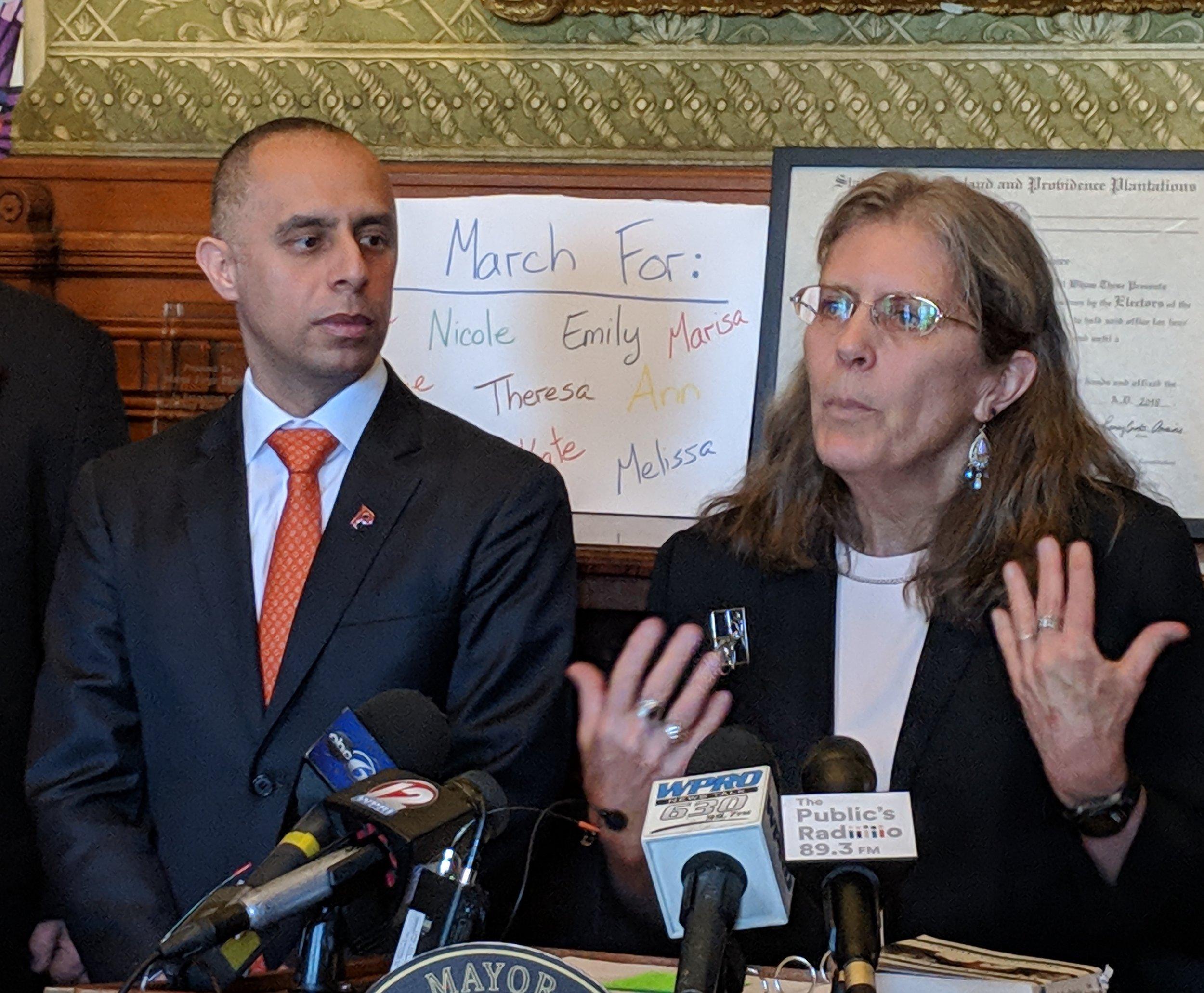 Meg Kerr of the Environment Council of Rhode Island praised Mayor Jorge Elorza's decision. (Tim Faulkner/ecoRI News)