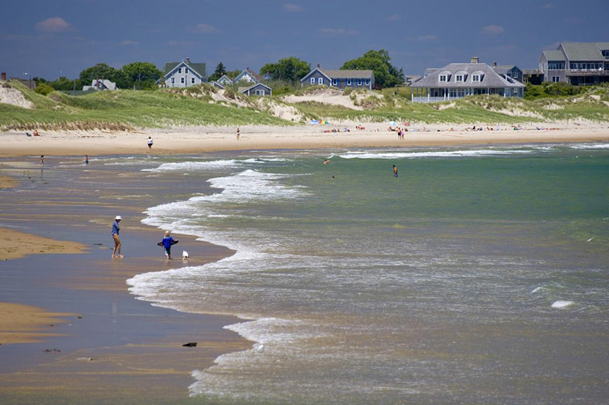 Last August swimmers discovered the 34,500-volt cable some 25 feet offshore in shallow water at Crescent Beach. (State of Rhode Island)