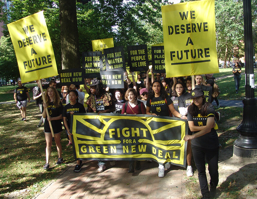 Young people, such as Rhode Island members of the Sunrise Movement, are demanding substantial action be taken to address the climate crisis. (Sarah Puschmann/ecoRI News)