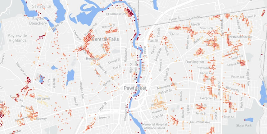 The flood risk map for Central Falls and Pawtucket using FloodFactor data. (Roger Warburton/ecoRI News)
