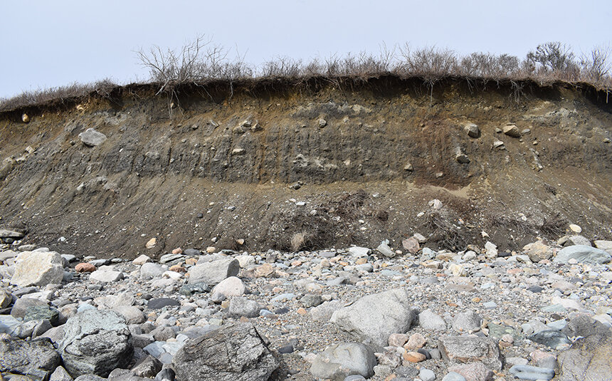 The bluffs at Town Landing in Little Compton are collapsing. Work began last fall to address this significant erosion problem. (Frank Carini/ecoRI News)