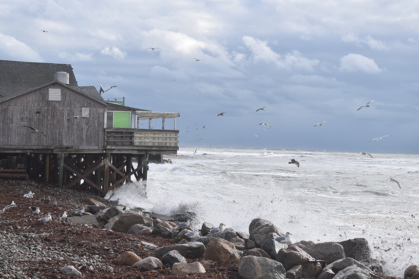The problem of disappearing Matunuck Beach goes well beyond the future of Ocean Mist and the other right-on-the-water buildings there. (Frank Carini/ecoRI News photos)