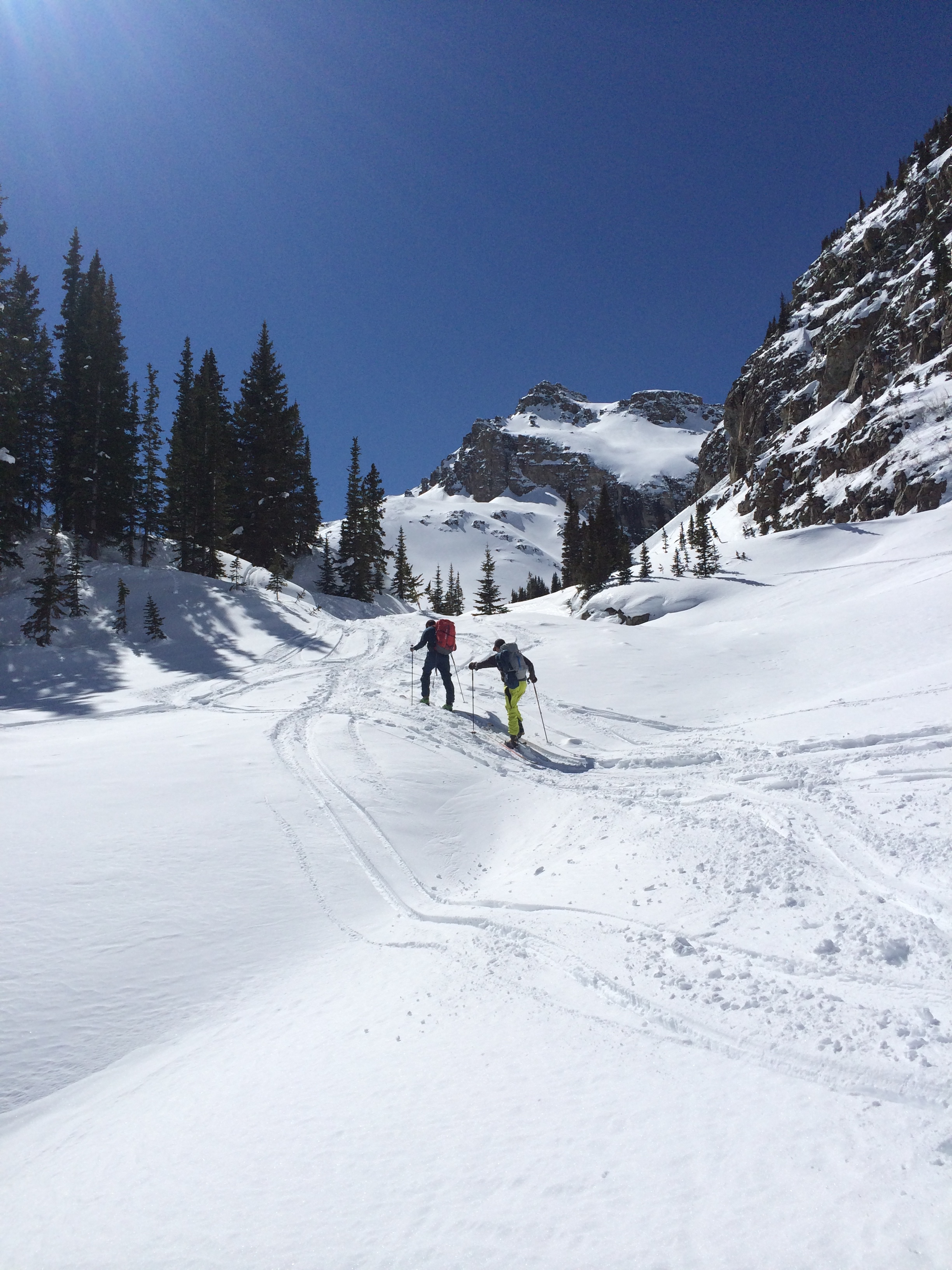 The final push of the 6 mile approach from Ashcroft to the Green-Wilson Hut