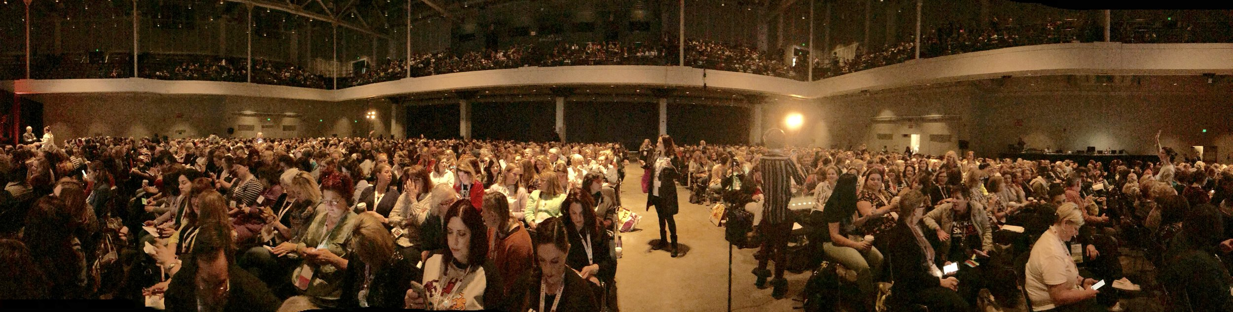 Photo of NAEA 2019 crowd before hearing Howard Gardner. Photo by Melody Weintraub. Do not use without permission.
