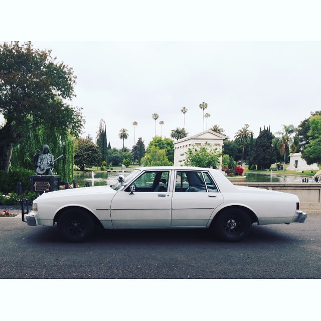 Kicked out of a cemetery for having too much class on a wednesday morning. #losangeles #cemetery #hollywood #ramones #chevy #caprice #tomsachs #olympus #omd #ロサンゼルス #カリフォルニア #ハリウッド #ラモーンズ #墓地 #シボレー #カプリス #トムサックス #オリンパス