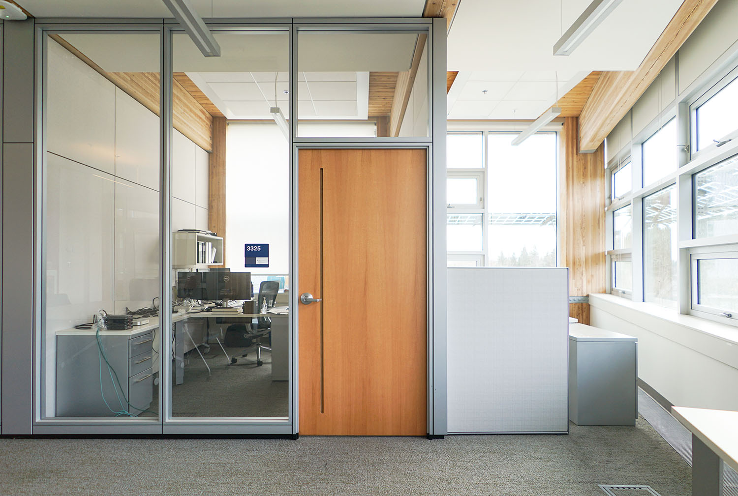 COMMERCIAL   A FLEXIBLE SOLUTION TO MEET VENTILATION REQUIREMENTS