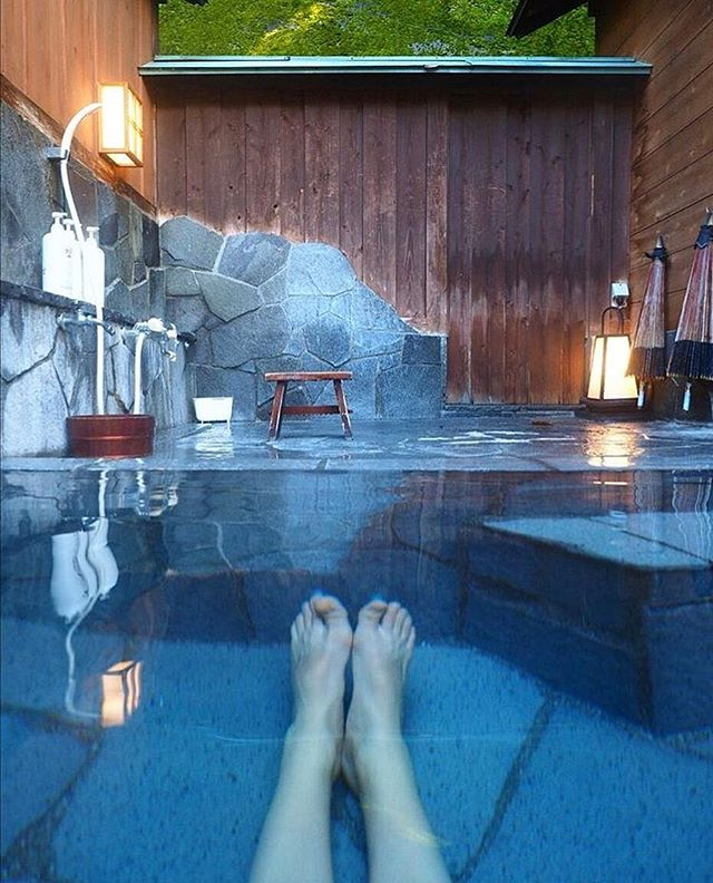 Toes up, stress down. 💧 #OnsenTrip #Ryokan (📷: @blaek_design_studio)