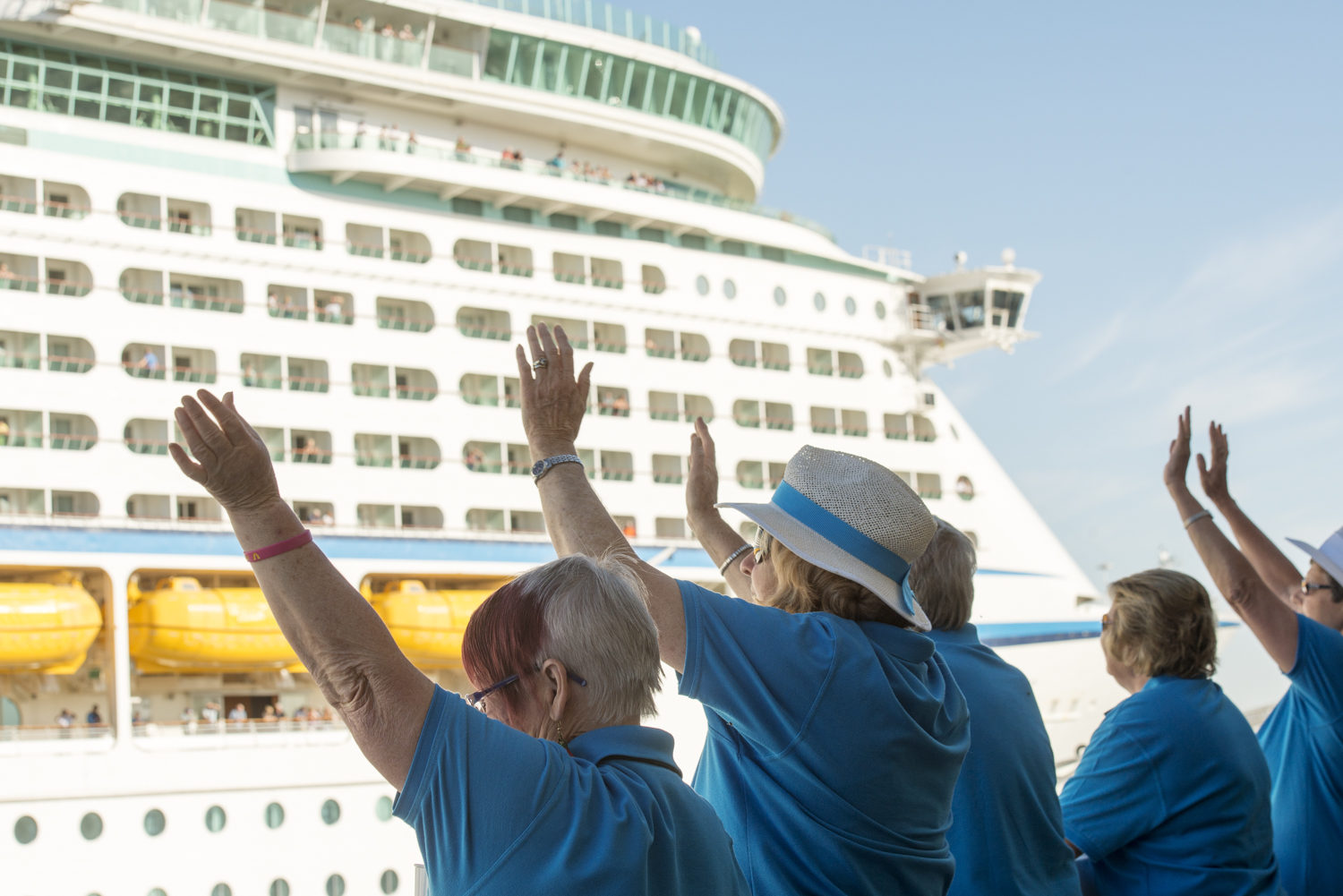 A cruise ship is one HUGE reflector. Look at the light on the faces. l
