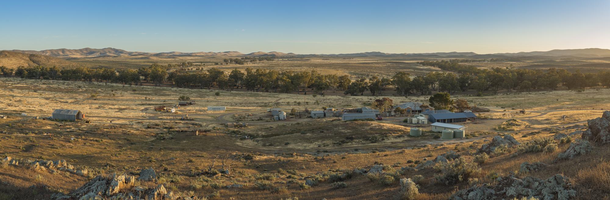 FlindersRanges011116-316-Pano.jpg