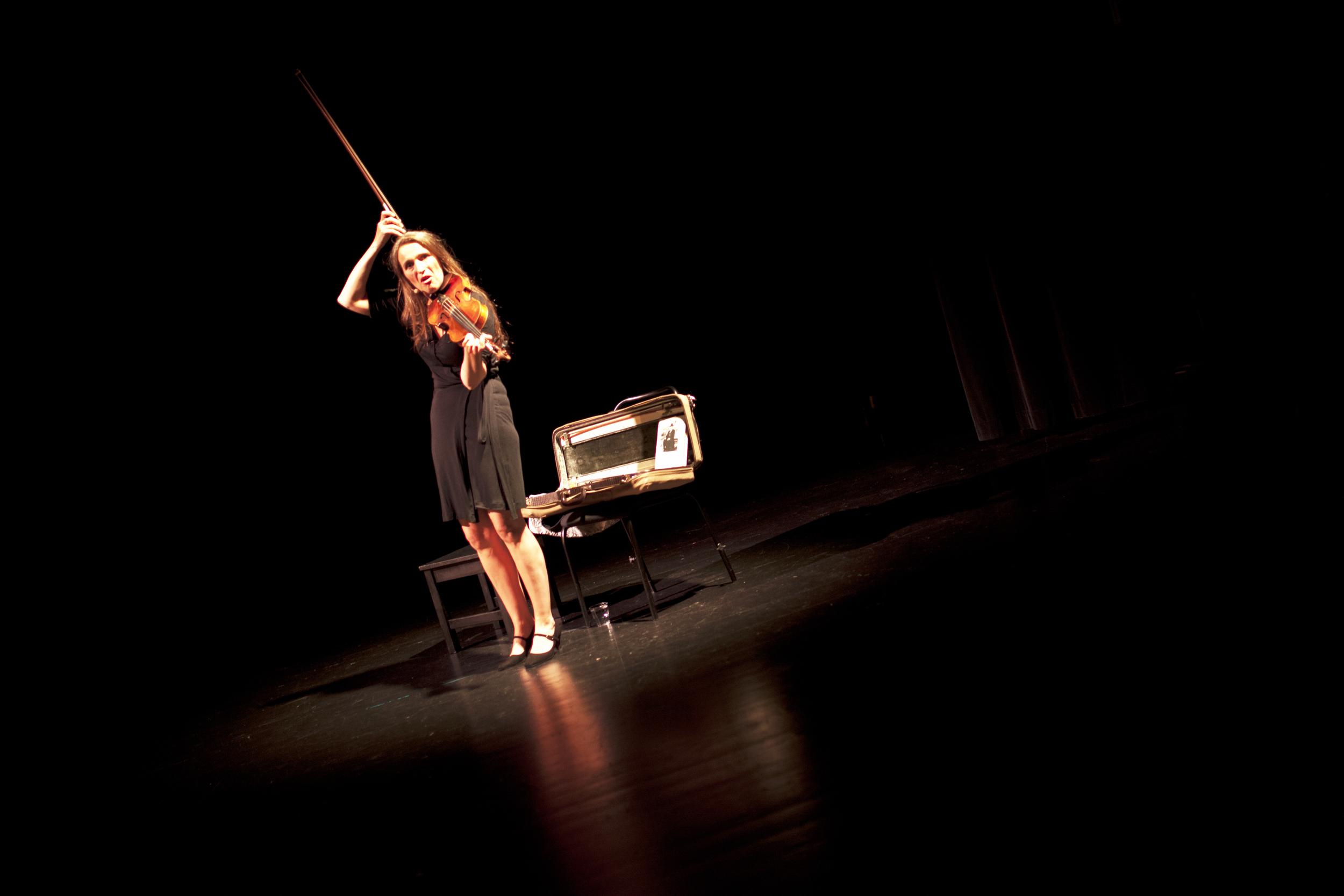 IMG_4258 - susanne - teatersalen - 3. juli - heidi hattestein.jpg