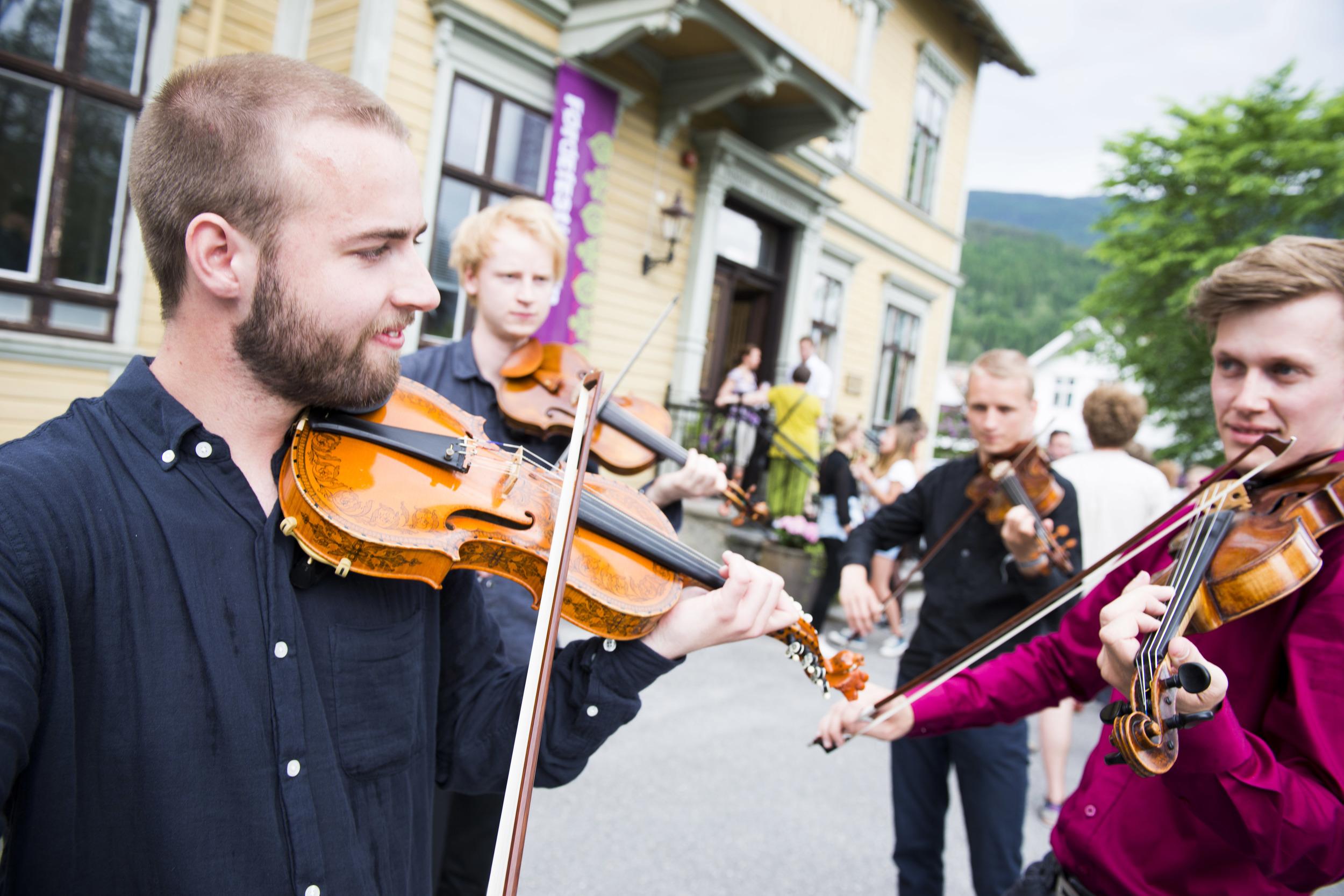 Introfolk-Holmen og Odde_Arve Ullebø_ARU6982 (3).jpg