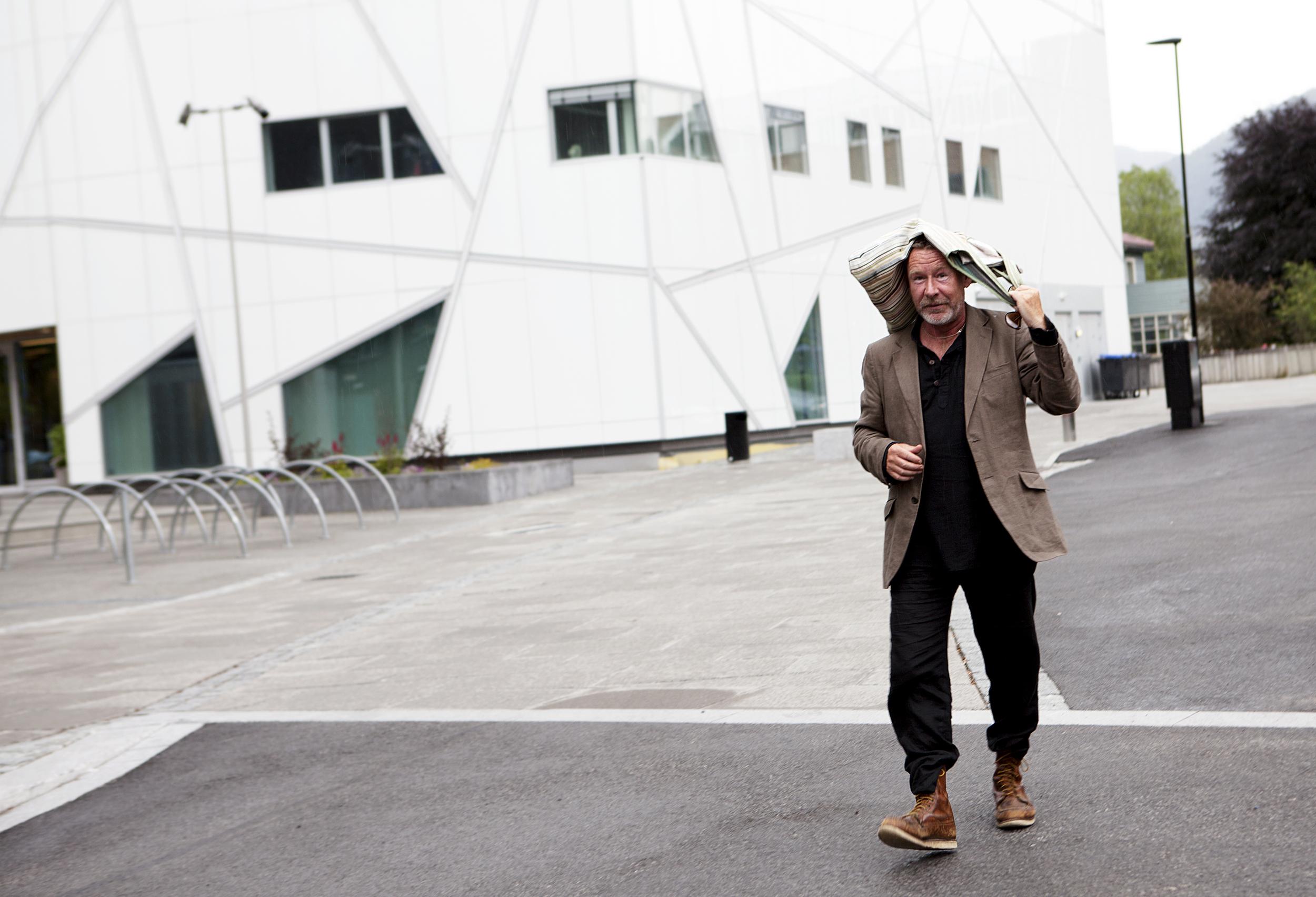 2014 - thomas espedal går på førdefestivalen - heidi hattestien - IMG_2593.jpg