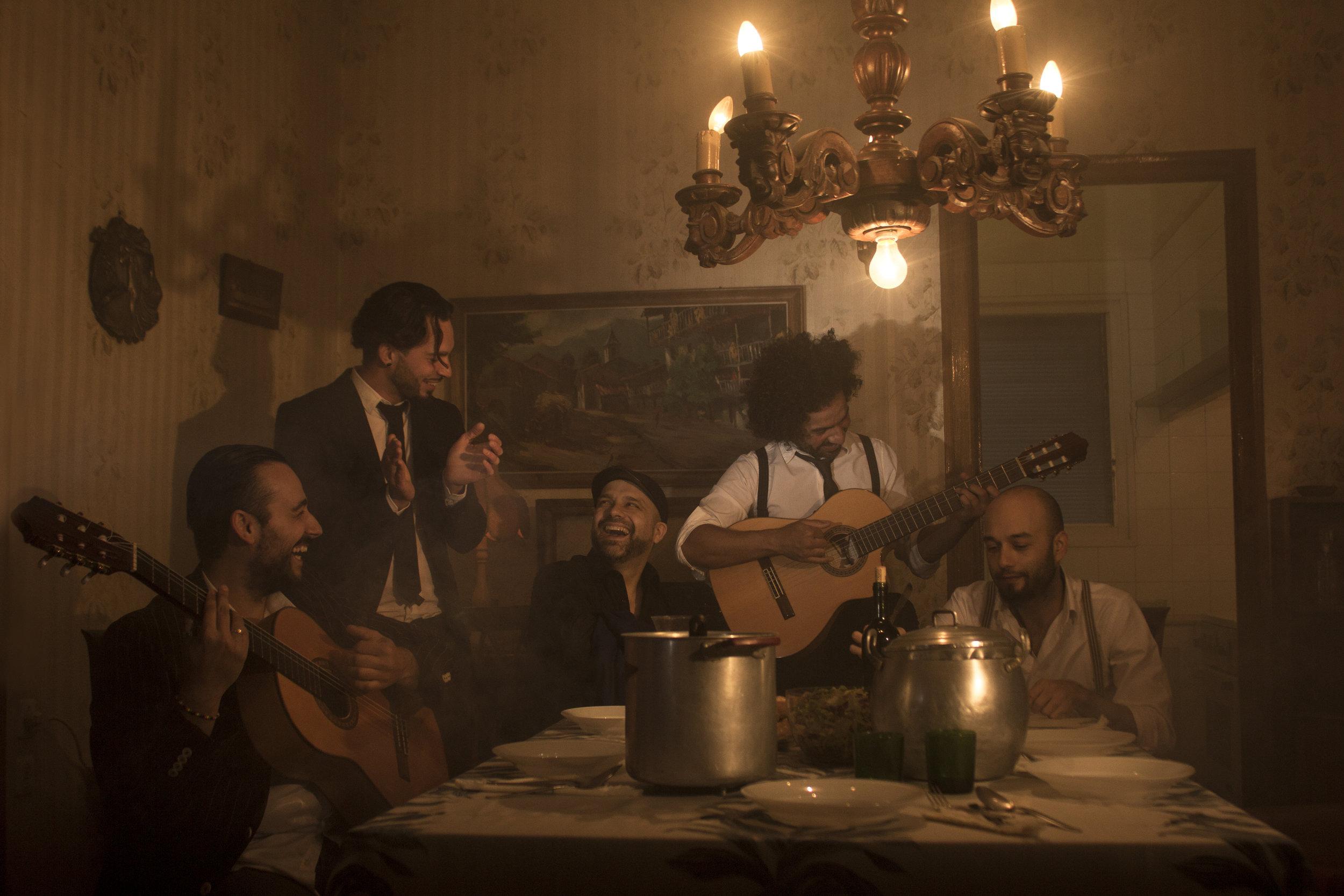 Muchacho & Los Sobrinos, spelar på Opningskonsert.