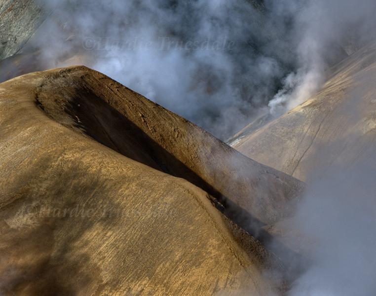 "Ice#015 ""Steamy Ridgeline, Kerlingafjoll"""