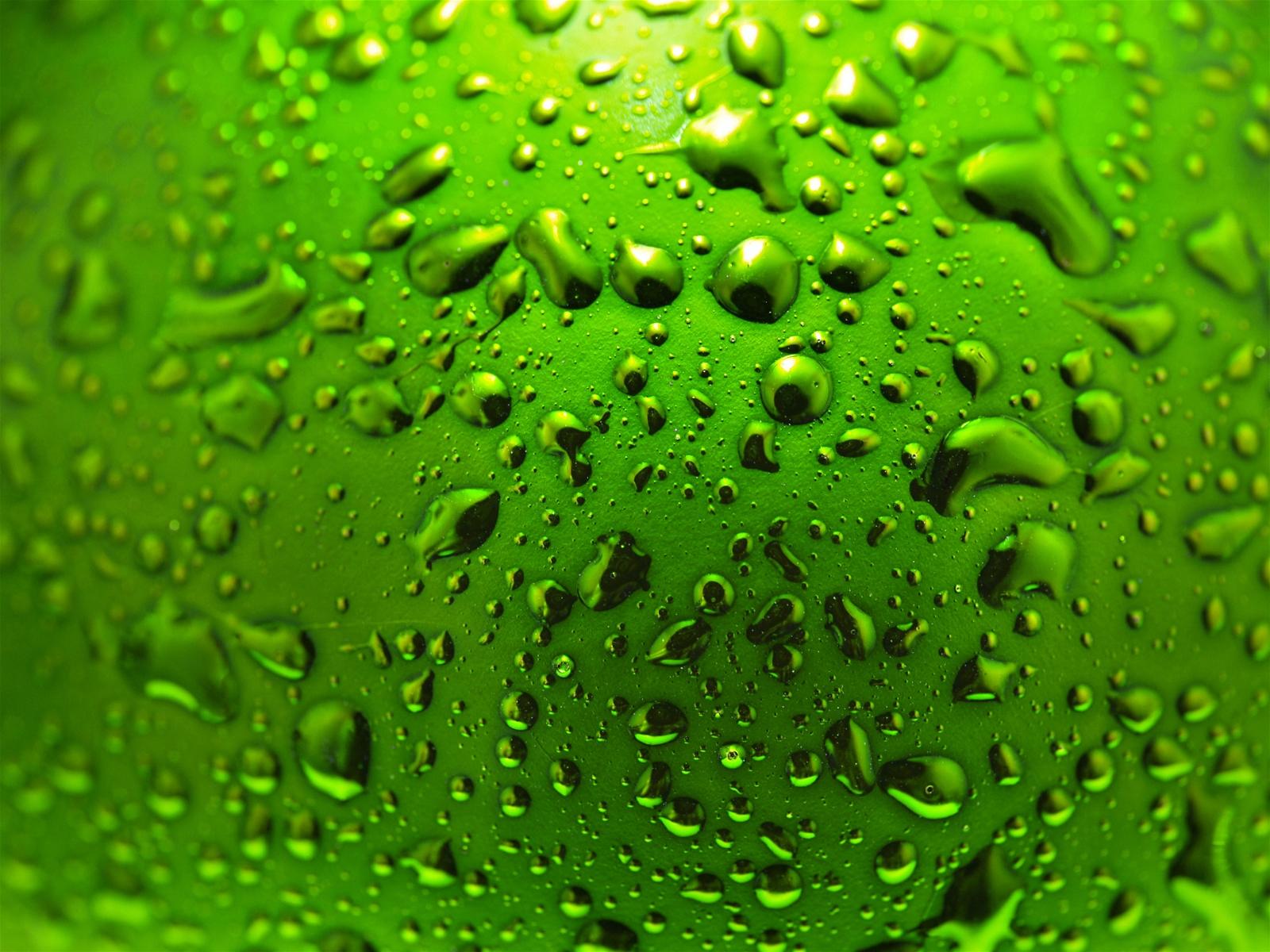 green_whater_sphere_medium_43-00213523.jpg