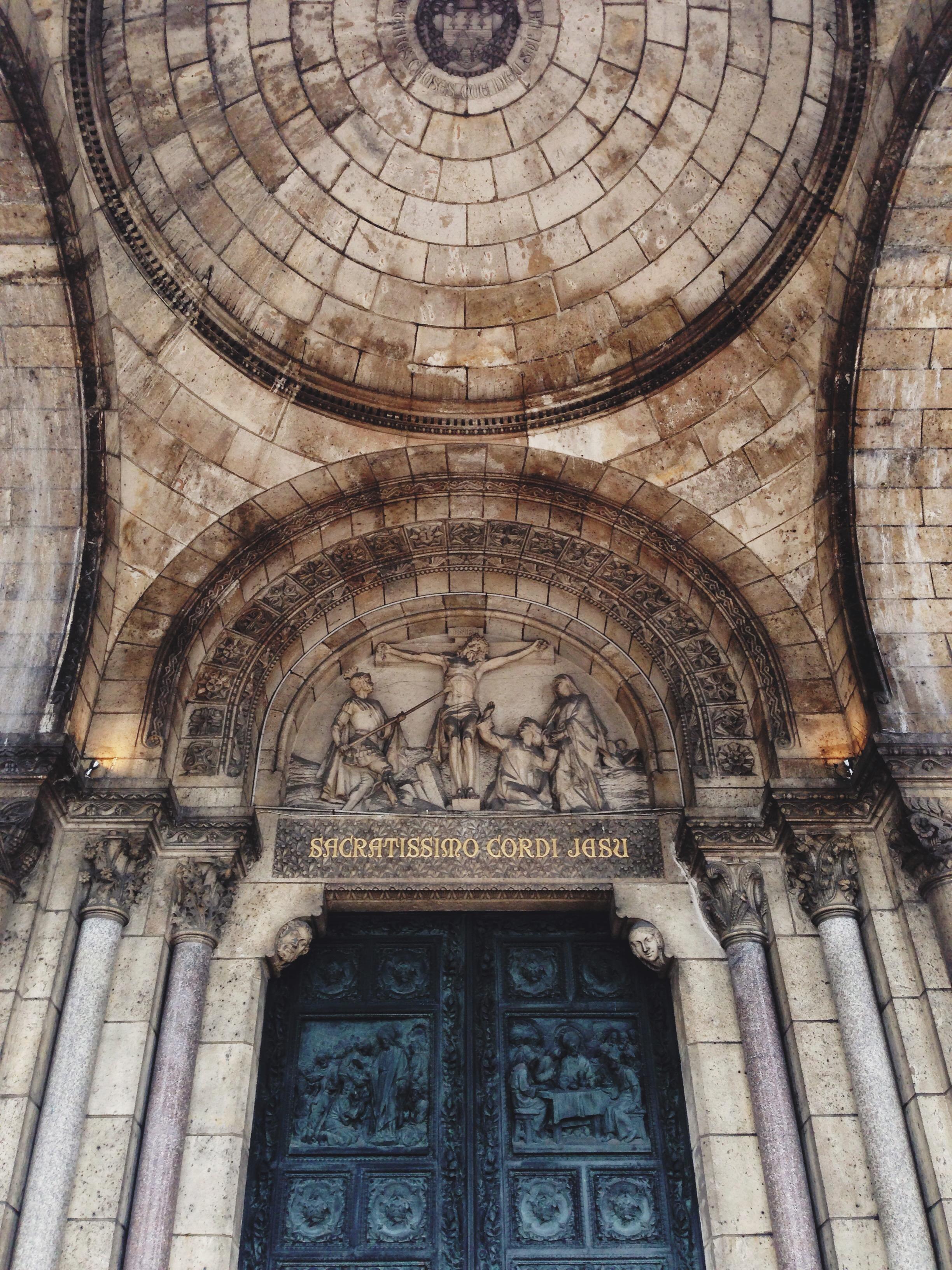 paris-sacre_coeur_front_door