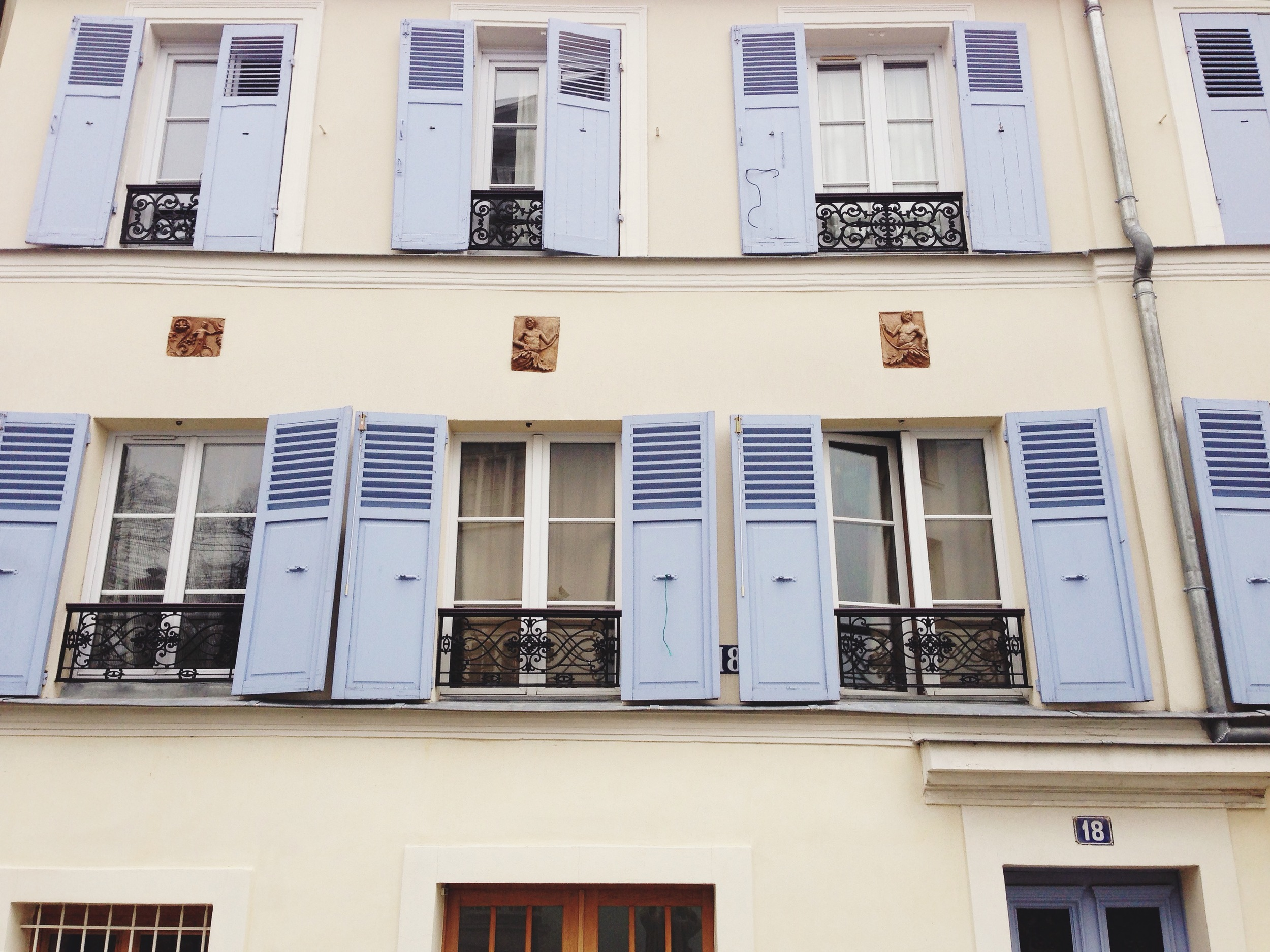 paris-lilac_window_shutters